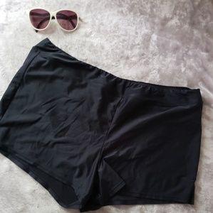 Catalina black swim shorts. Size XL